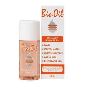 Γυναίκα Bio-Oil PurCellin Λάδι Επανόρθωσης Ουλών και Ραγάδων 60ml