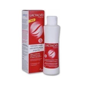 Γυναίκα Lactacyd – Καθαριστικό Ευαίσθητης Περιοχής με Αντιμυκητασικούς Παράγοντες 250ml